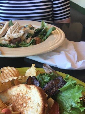 Freeport, ME: Turkey sandwich and salad