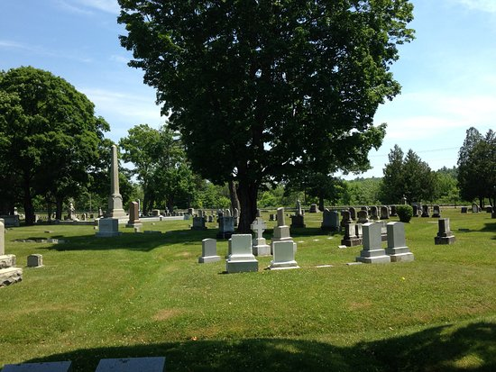 Mount Hope Garden Cemetery: The cemetery is a tranquil spot to stroll.