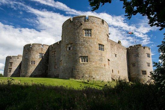 Greystones: Chirk Castle