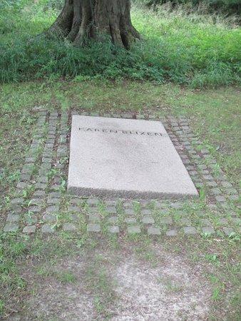 Rungsted, Denemarken: Karen Blixens grafsted