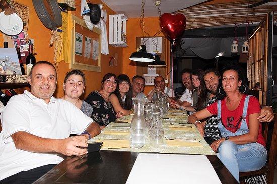 Osteria Caffe del Borgo : Cena per festeggiare Daniele e Azzurra . Bella compagnia , splendida cena. Piatti molto gustosi