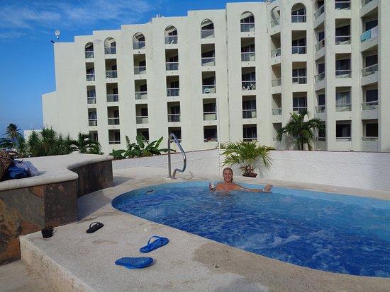 Aquamarina Beach Hotel 128 3 5 2 Updated 2018 Prices Reviews Cancun Mexico Tripadvisor