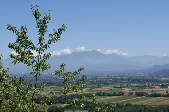Villar San Costanzo, Włochy: bellissimo panorama dal punto fotografico!