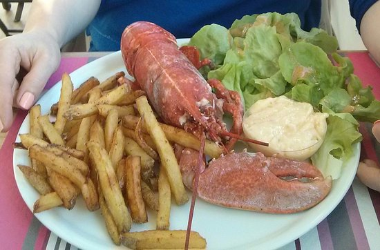 Guilvinec, Fransa: Homard, mayonnaise et frites