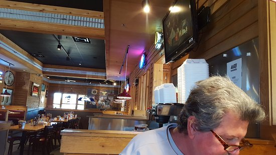 Logan's Roadhouse: The other TV.