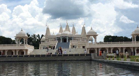 Lilburn, GA: BAPS swaminarayan temple