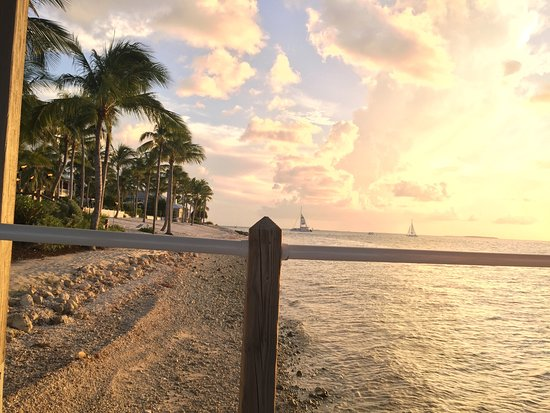 Sunset Key Cottages, A Luxury Collection Resort, Key West: photo1.jpg