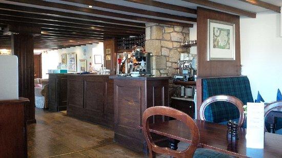 Tillicoultry, UK: Bar area
