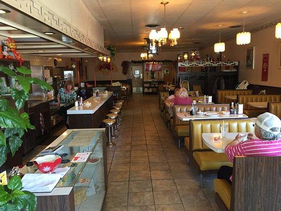 Pagoda Restaurant Dining Room, Kirkland Lake ON