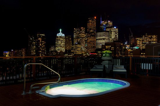 Grand Hotel Toronto: Roof top Hottubs
