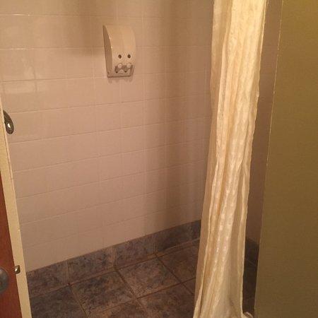 Blue Bay Inn & Suites: photo3.jpg