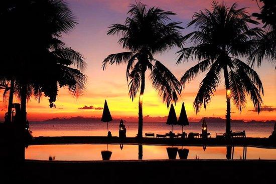 Lipa Noi, Thailand: SUNSET ON THE BEACH