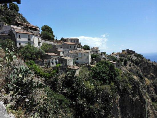 Savoca, อิตาลี: IMG_20160716_114813_large.jpg