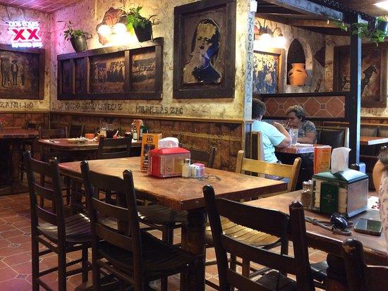 Papa's & Beer : Restaurant