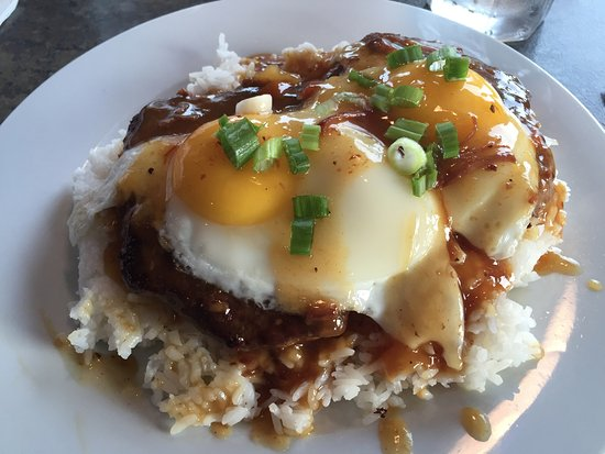 Waterfront Restaurant: Loco Moco