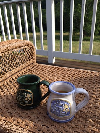 The Inn at Sugar Hollow Farm : coffee available before breakfast