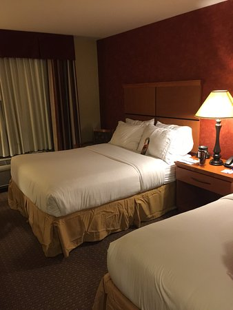 Holiday Inn Express Hotel & Suites Loveland: photo1.jpg