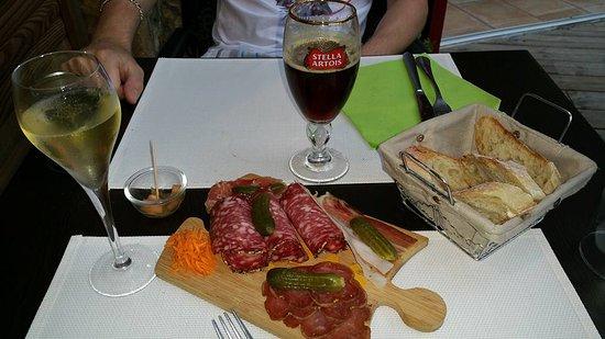 Bar-le-Duc, Francja: Santé!