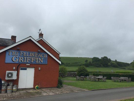 Felin Fach, UK: Exterior view