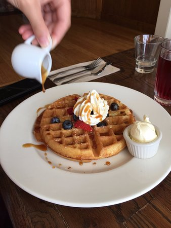 Eastsound, WA: Waffle with berries and cream
