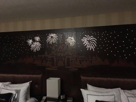 Disneyland Hotel Photo