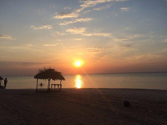 Belterra, PA: Sol indo embora na praia de Pindobal