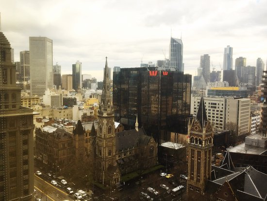 Grand Hyatt Melbourne: Great views of a great city King Deluxe room