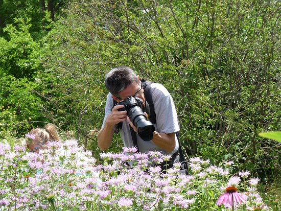 Superbe Urquhart Butterfly Garden: Me Taking Images, Photo By Ingrid