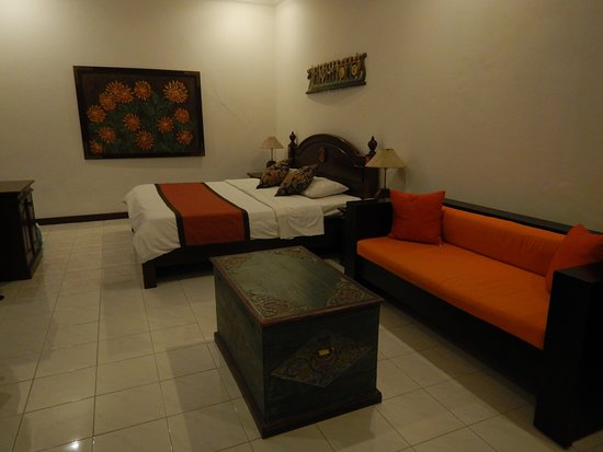 Tamukami Hotel: Comfy bed, good ac, room safe