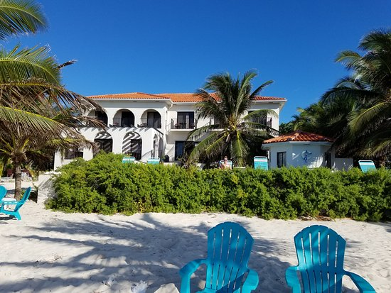 Bodden Town, Grand Cayman: View of inn from beach