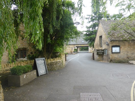 Lower Slaughter Picture