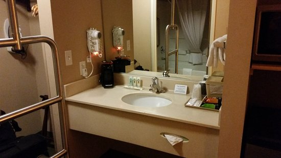 Quality Inn & Suites at Olympic National Park: Plenty of space