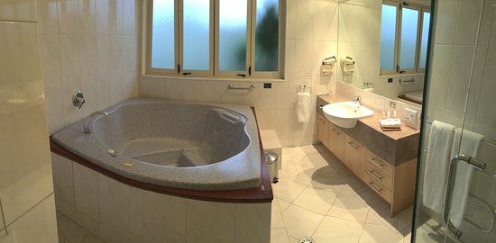 Room 18 Picture Of Regal Palms Resort Rotorua Tripadvisor