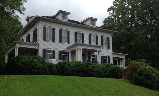 Anniston, AL: Springwood Inn