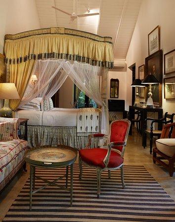 Angulugaha, Sri Lanka: Garden suite bed