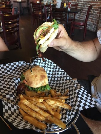 Central Point, OR: Chicken Ciabatta with bacon, avacado and garlic fries! ($12)