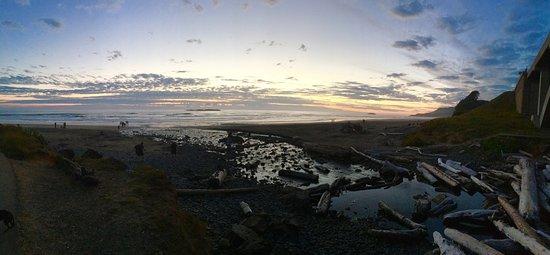 Otter Rock, Орегон: Whale watching at sunset