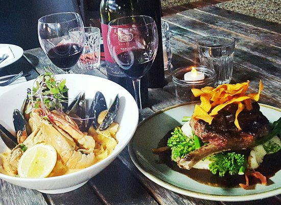 Woolgoolga, Australia: Bluebottles Brasserie