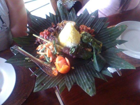 Subagan, Indonezja: Tirta Ayu Restaurant , The Water Palace , Tirtagangga