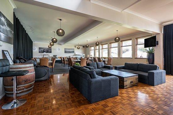 Ace Motor Inn: Breakfast dining