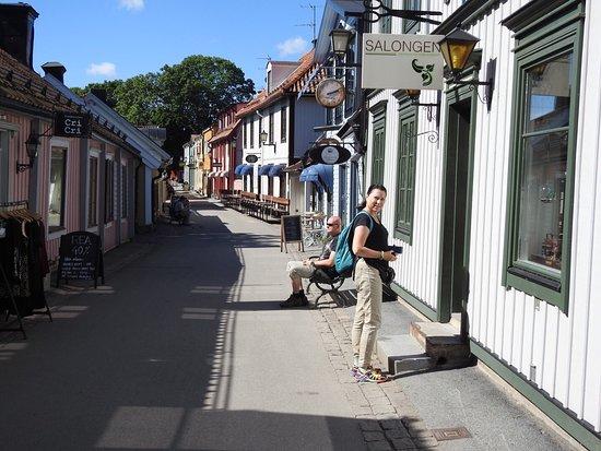 Sigtuna, Sverige: עיירה מדהימה שווה ביקור כ35 דקות משטוקהולם ברכבת ... נוסעים עד מרסטה Marsta  ומשם  אוטובוס