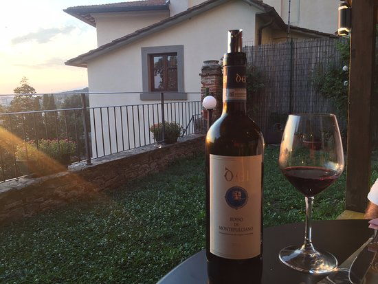 Castiglion Fiorentino, Italia: From a winery near our last location in Montepulciano