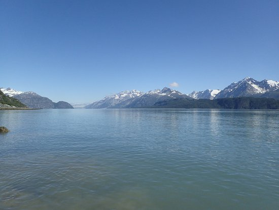 Haines, AK: Mountain scenery from a kayak