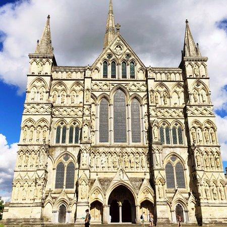 Salisbury Cathedral: photo4.jpg