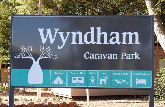 Wyndham Caravan Park: Park signage