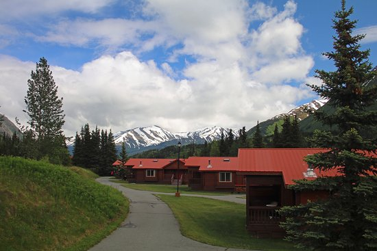 Kenai Princess Wilderness Lodge: The cabins.