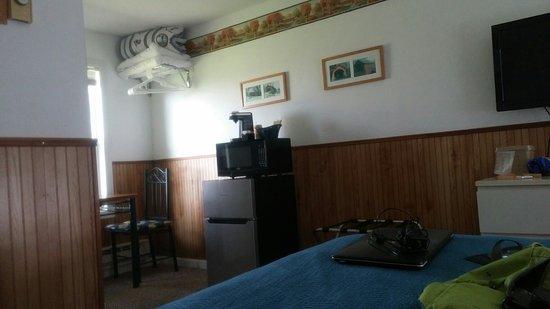 Ya'Tel Motel: 20160718_155829_large.jpg
