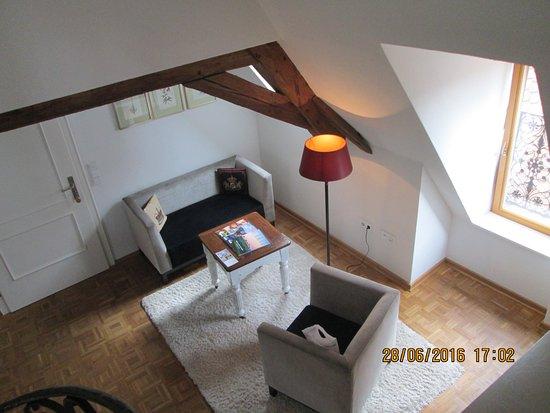 Hotel Herrnschloesschen: Wohnzimmer (Lese-Ecke)