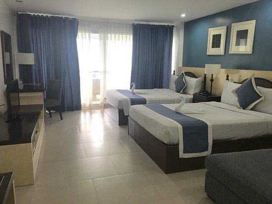 Estancia Resort : Santorini Suites of Estancia