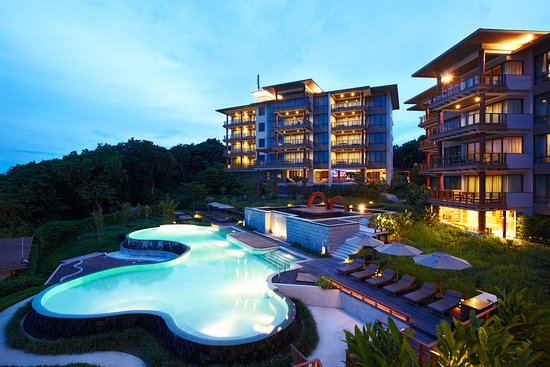 ShaSa Resort & Residences, Koh Samui: NIGHT VIEW